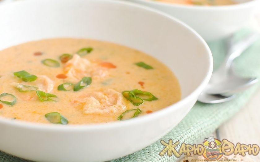 Картофельный суп-пюре с сельдереем и базиликом